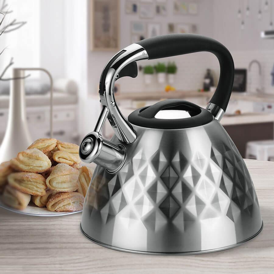 Чайник MR-1322